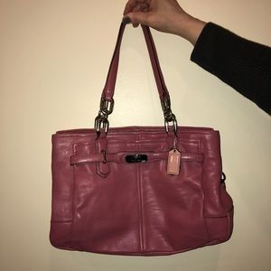Pink moderately used Coach shoulderbag